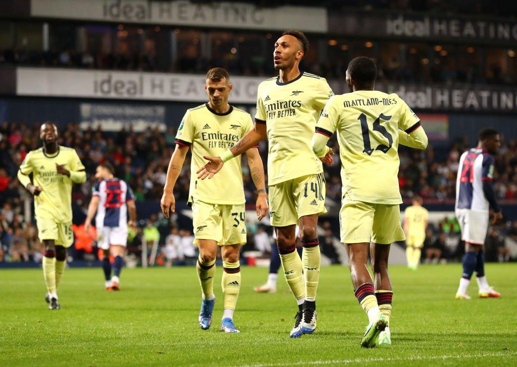Huyền thoại Arsenal muốn Arteta chơi 5 hậu vệ trước Man City