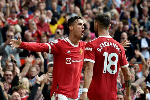 Ronaldo cán mốc khủng khi ra mắt M.U lần 2 ở Champions League